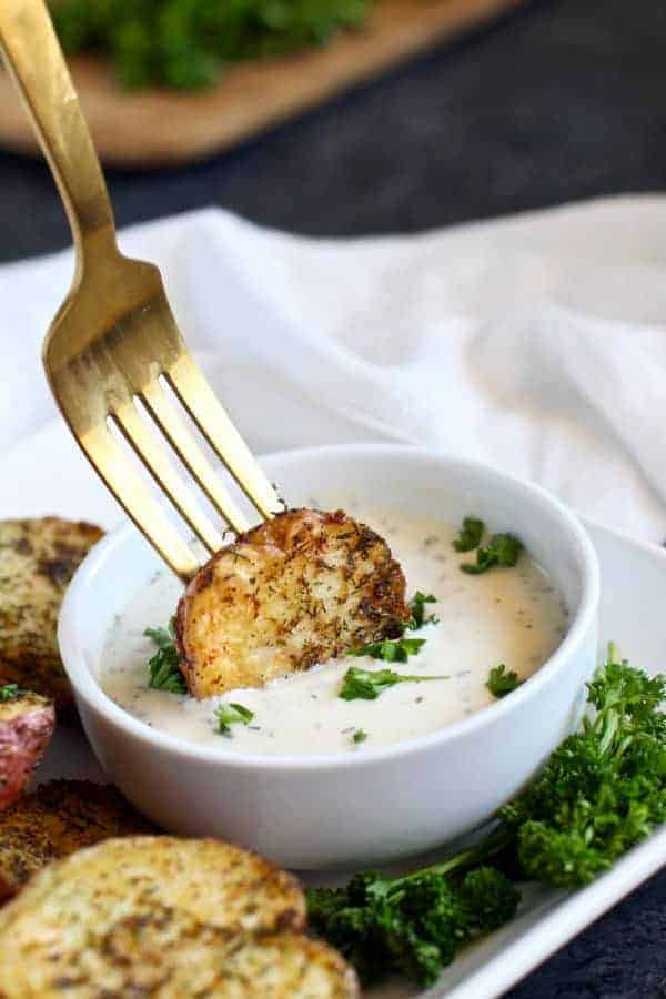 Crispy Garlic Ranch Roasted Potatoes