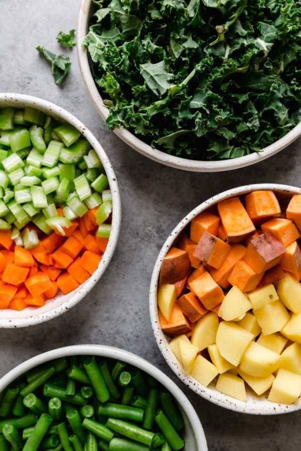 Ingredients for Slow Cooker Healthy Hamburger Soup