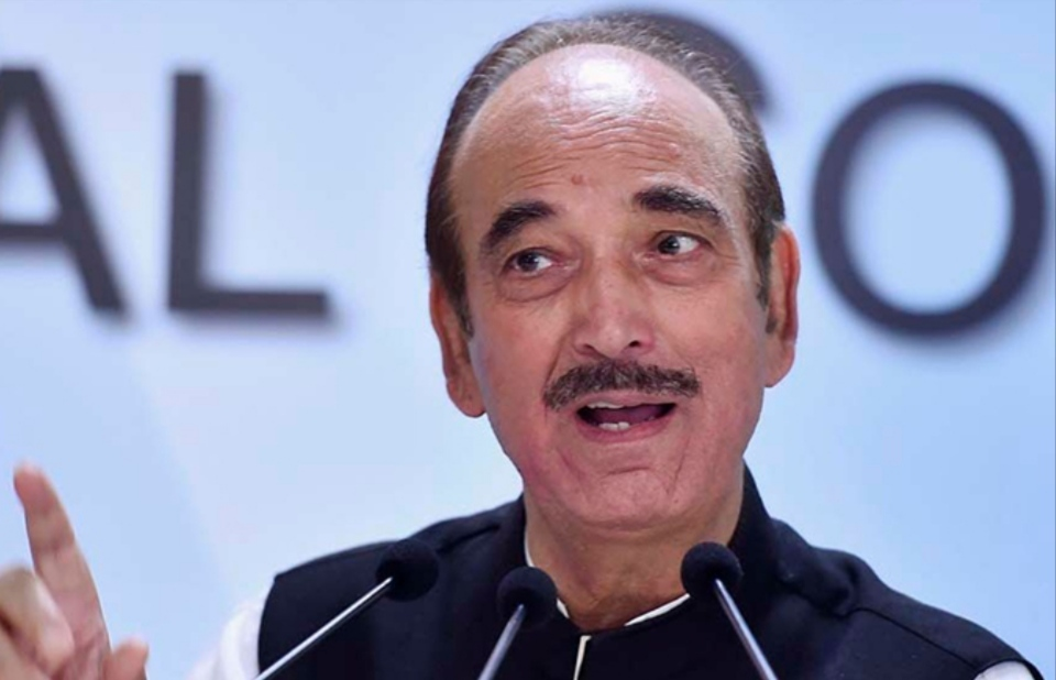 Full Statehood For J&K Top Agenda in Meeting with PM, Says Ghulam Nabi Azad