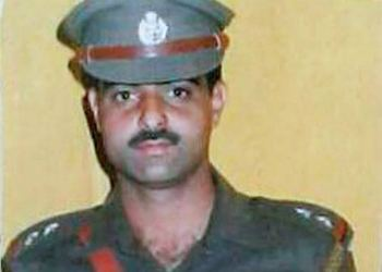 Opinion | Dysp Ayoub Pandit (Unspoken story of true patriotic soldier) who Scarified His Life For Those Who killed him.