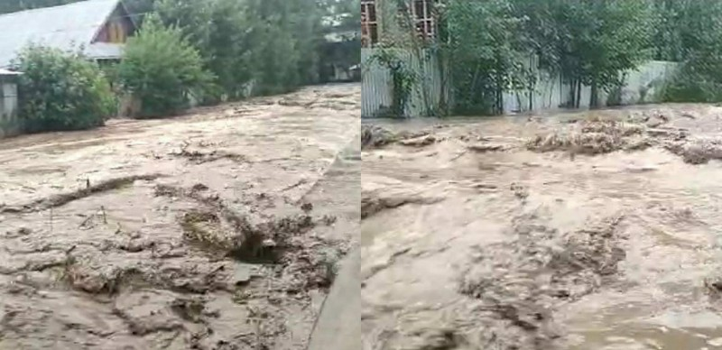 """Flash floods Damaged,"""" Several houses in Aloosa and Ashtangoo villages of North Kashmir's Bandipora District."""