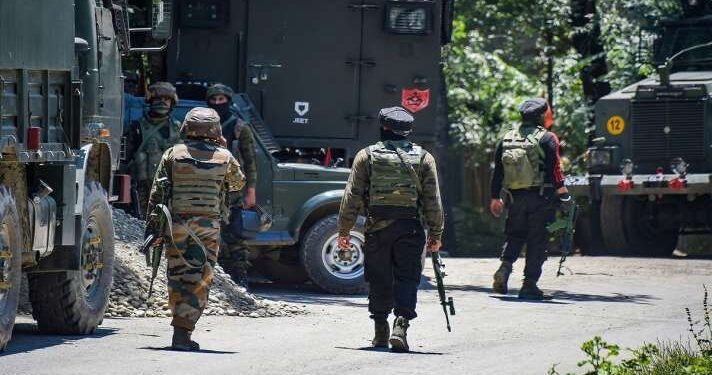 CRPF Paramilitary Trooper was injured in an ongoing Encounter at Mirbazar in south Kashmir's Kulgam