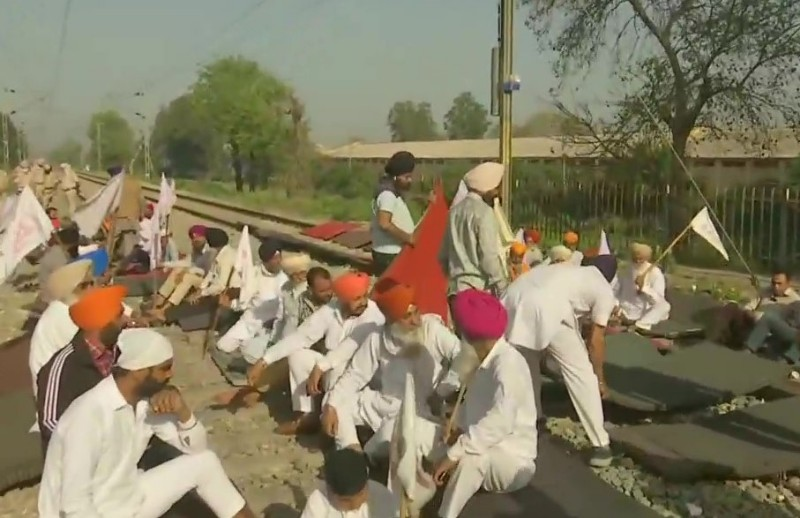 Several stranded in Jammu as 40 trains cancelled due to farmers'' protest in Punjab
