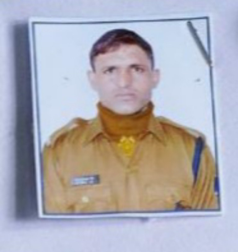32-year-old CRPF trooper killed after hit by train in central Kashmir's Budgam