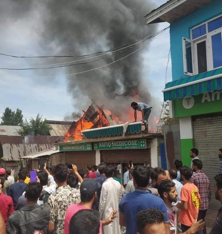 Residential house gutted in fire mishap in langate Handwara