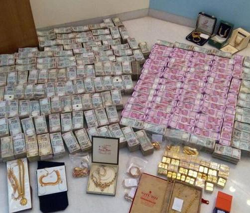 Huge quantity of suspected gold, silver, other valuables recovered in Poonch's Skt