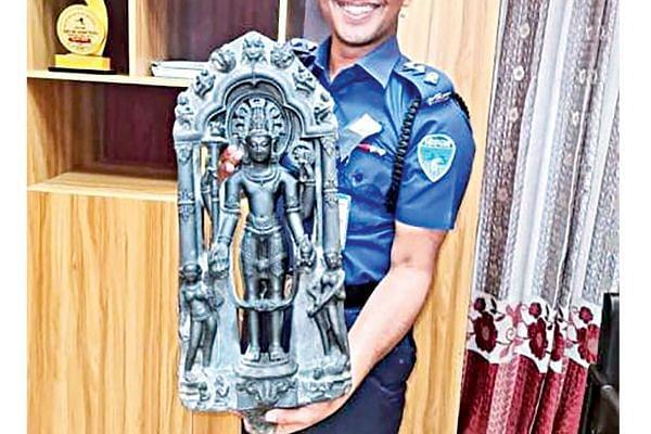 Police in Bangladesh recovers Lord Vishnu's black stone statue