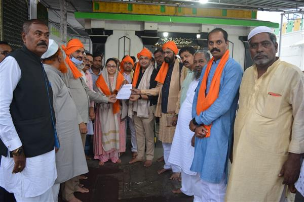 Dr Darakhshan Andrabi accuses community representatives, politicians of misusing Muslim properties, assets