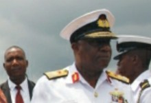 Photo of Joe Aikhomu: Former navy chief dies of 'COVID-19 complications'