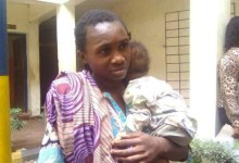 Photo of N40,000 only: Woman allegedly puts own baby on sale to raise funds for beverage business