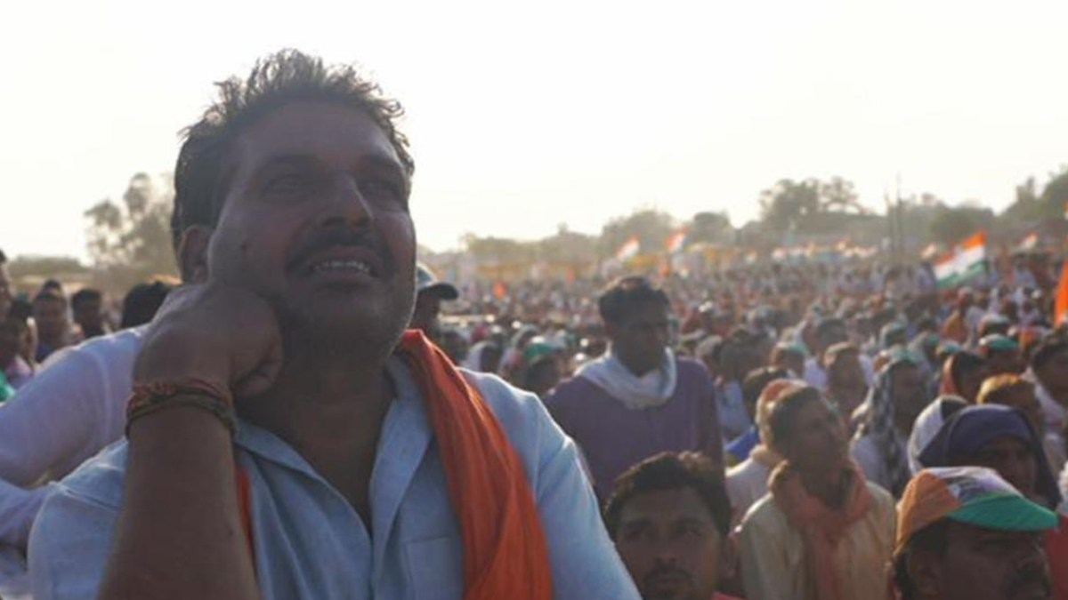 Candidates in India's Election Court Distressed Farmers