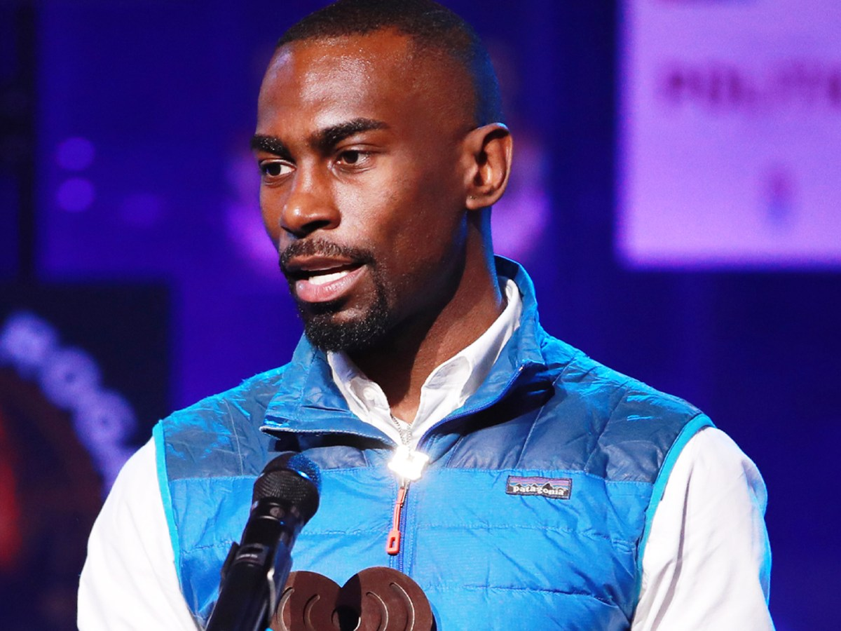 DeRay Mckesson accepts the Best Political Podcast award for 'Pod Save The People'