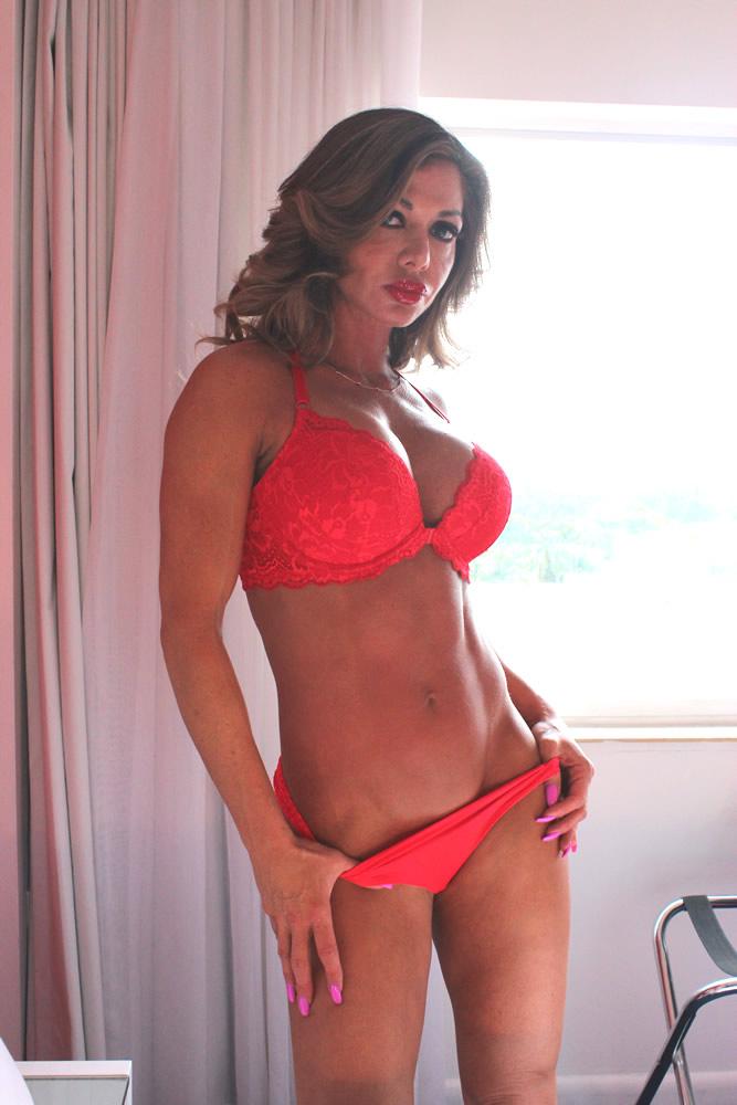 Gorgeous Nina Dolci