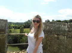 Bodiam Castle - My Crazy Hair