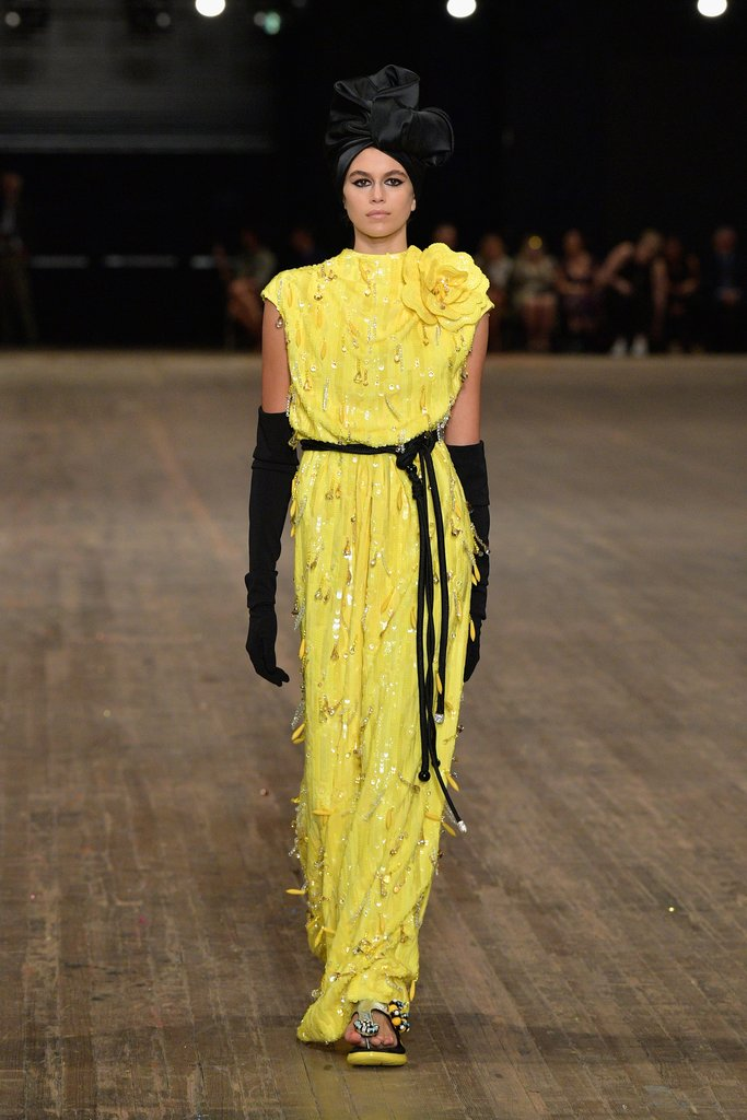 kaia-closed-out-new-york-fashion-week-final-look-marc-jacobs-show