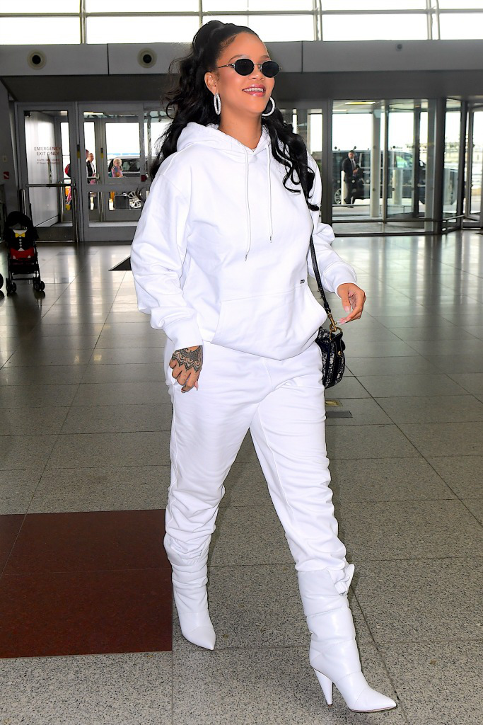 rihanna-with-off-white-boots