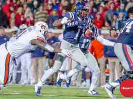 Treadwell causes fits for the Auburn defense