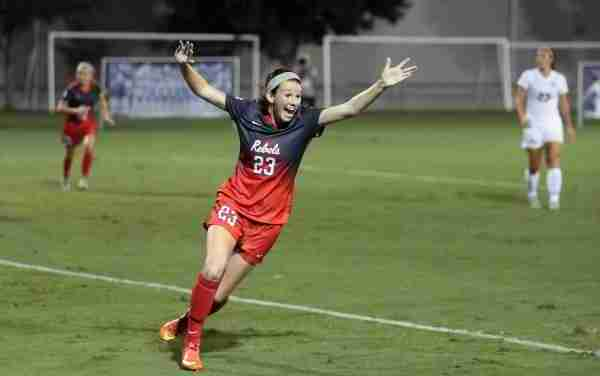 Kizer having fun, finding success in her freshman season for Ole Miss Soccer