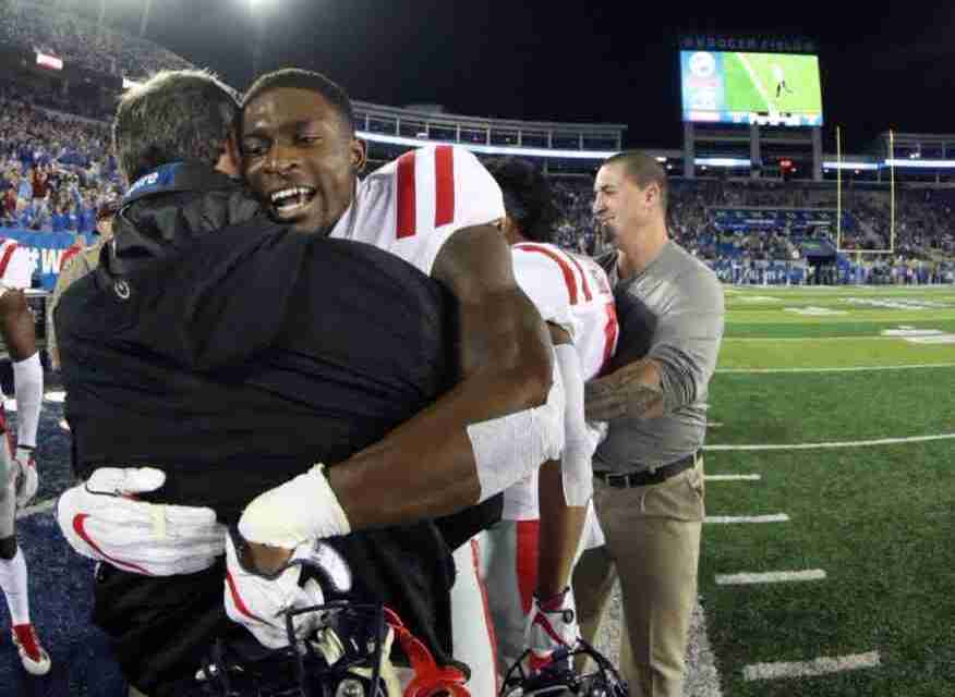 Fighters Fight: Ole Miss defeats Kentucky, 37-34, for last-second victory on the road