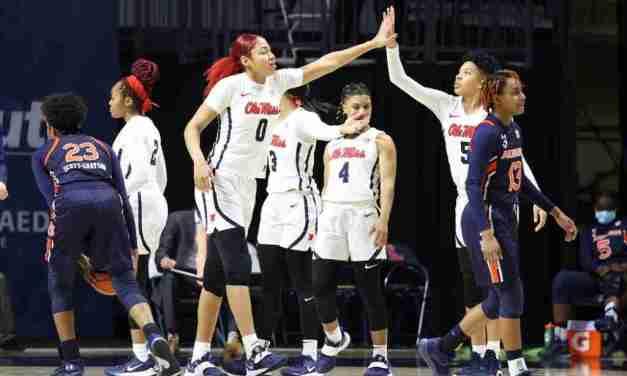 Rebels Snap Streak In 62-58 Win Over Auburn