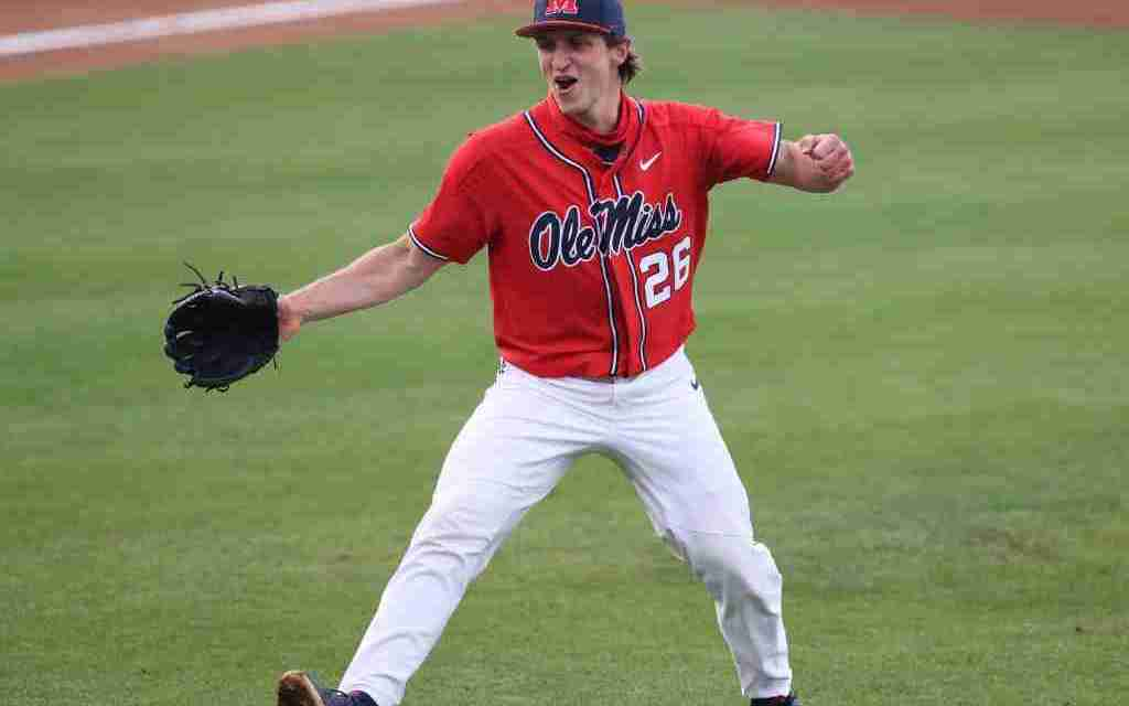 No. 3 Ole Miss defeats No. 2 Arkansas, 13-6, to even the series