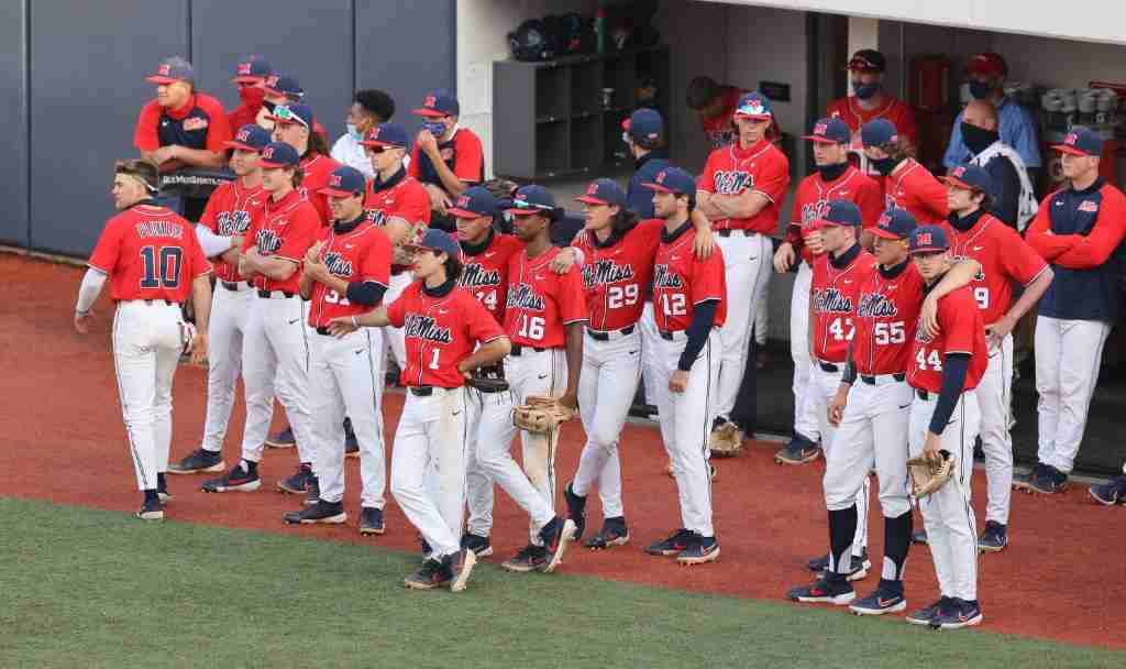 Rebels fall short against Arkansas, drop game three and series to Hogs