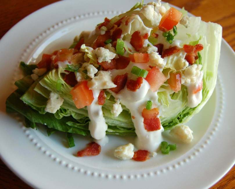 Green Salad with Blue Cheese Dressing - TheRecipe.Website