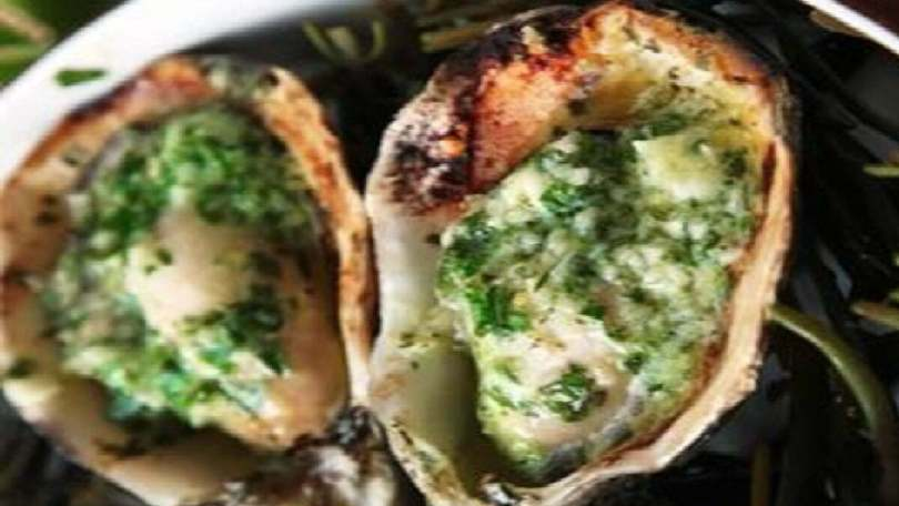 Oysters Broiled in Garlic Butter