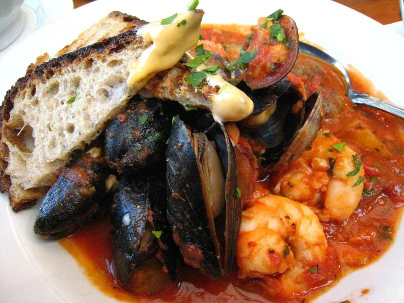 Spanish Seafood Stew - Zarzuela De Mariscos - Onlinerecipe.website