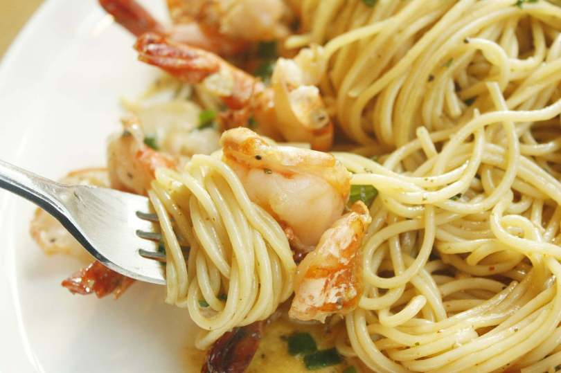 Shrimp and Soft Cheese Pasta