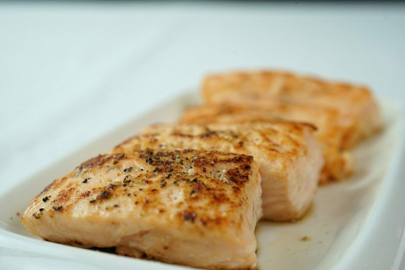 Salmon with Mustard Dressing