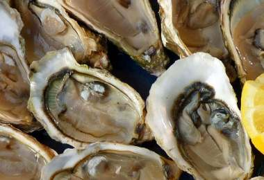 Oysters with Shallots