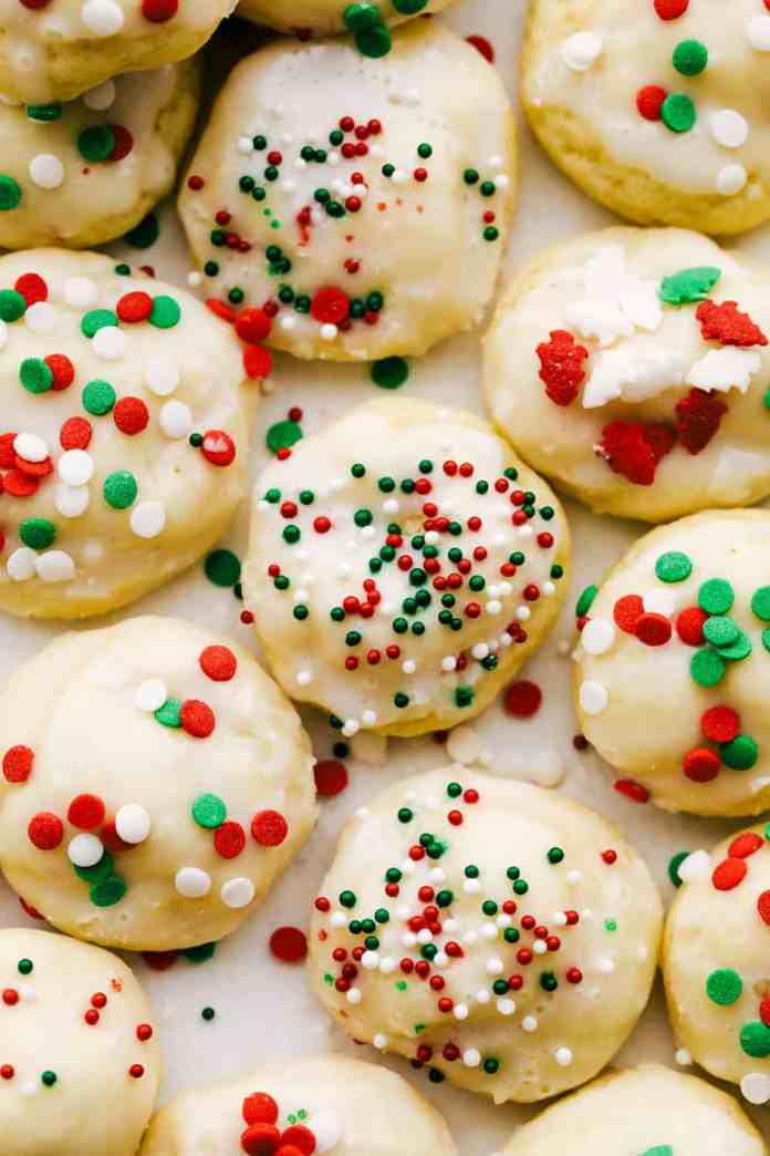 Red, white and green decorated Christmas Italian cookies
