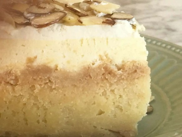 Best ever almond cheesecake with shortbread cookie crust
