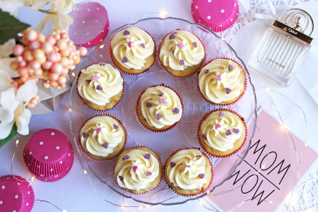 Rhabarber-Cupcakes Gesamtaufnahme