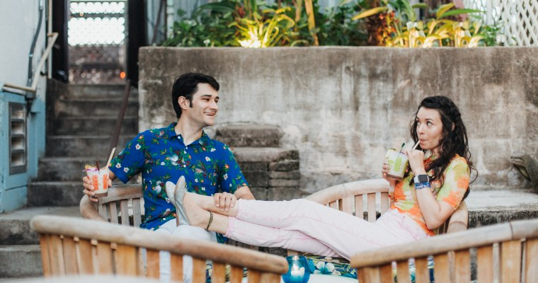 INTERVIEW WITH DREAMY SYNTH-POP DUO (AND REAL LIFE COUPLE) MOONRAY