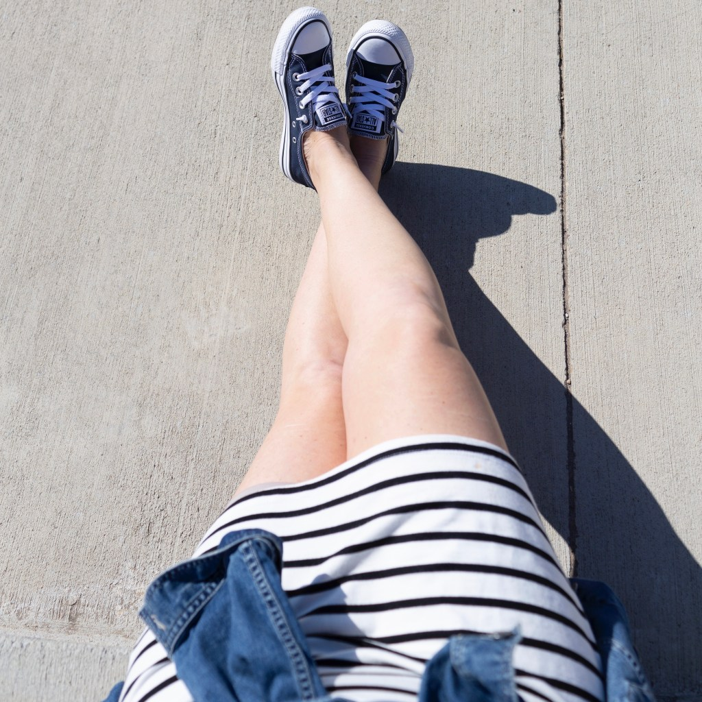 kicking back and relaxing with my favorite summer sneakers shoreline converse!