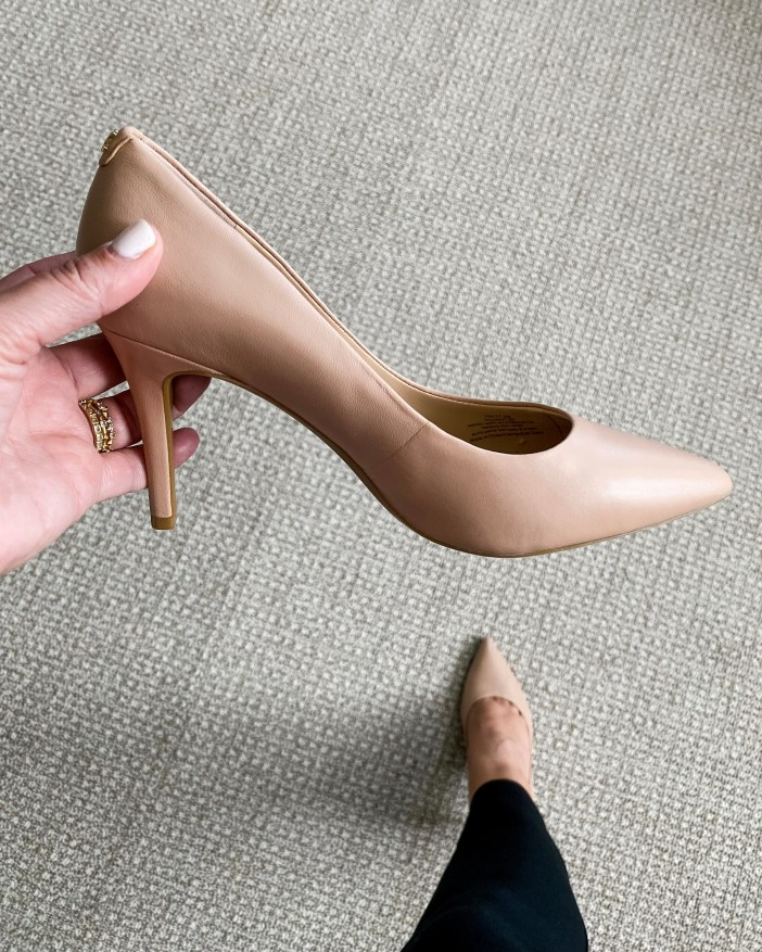 #nordstromsale #lastminuteitems #nsale #nsalelastminute #nordstrom #shopnordstromsale #sale #workwear #workshoes #heels #falllook #winterlook