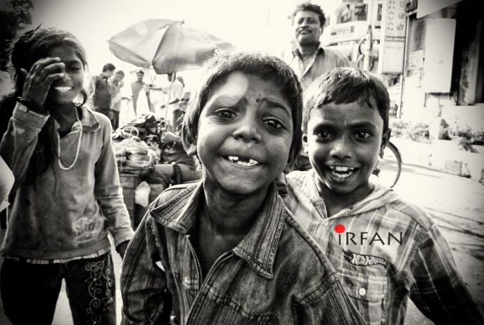 street kids fun, black and white, portraits, irfan hussain, thereddotman, irfan, hussain