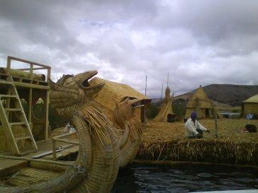 totora-boats