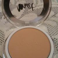 L'OREAL PARIS MAT MAGIQUE ALL IN ONE MATTE TRANSFORMING POWDER - GOLDEN IVORY : REVIEW