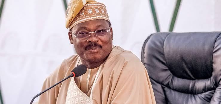 Salaries: Ajimobi approves payment of outstanding salaries to Oyo workers