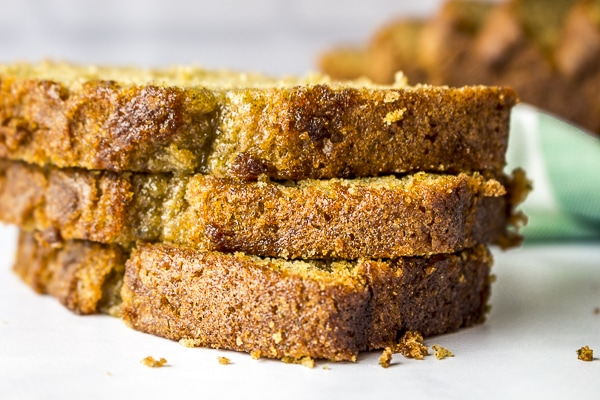 Ditch the grater and make zucchini bread IN YOUR BLENDER! Blender Zucchini Bread is the only way to go!