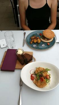 Aparaaditehase food