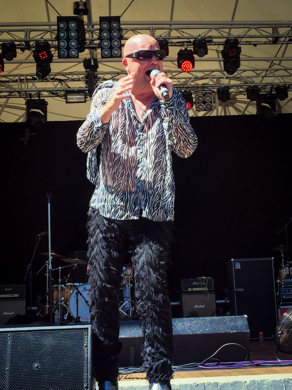 Lead singer Adam Thompson, Chocolate Starfish, at Red Hot Summer Tour, Canberra, 24 February 2019