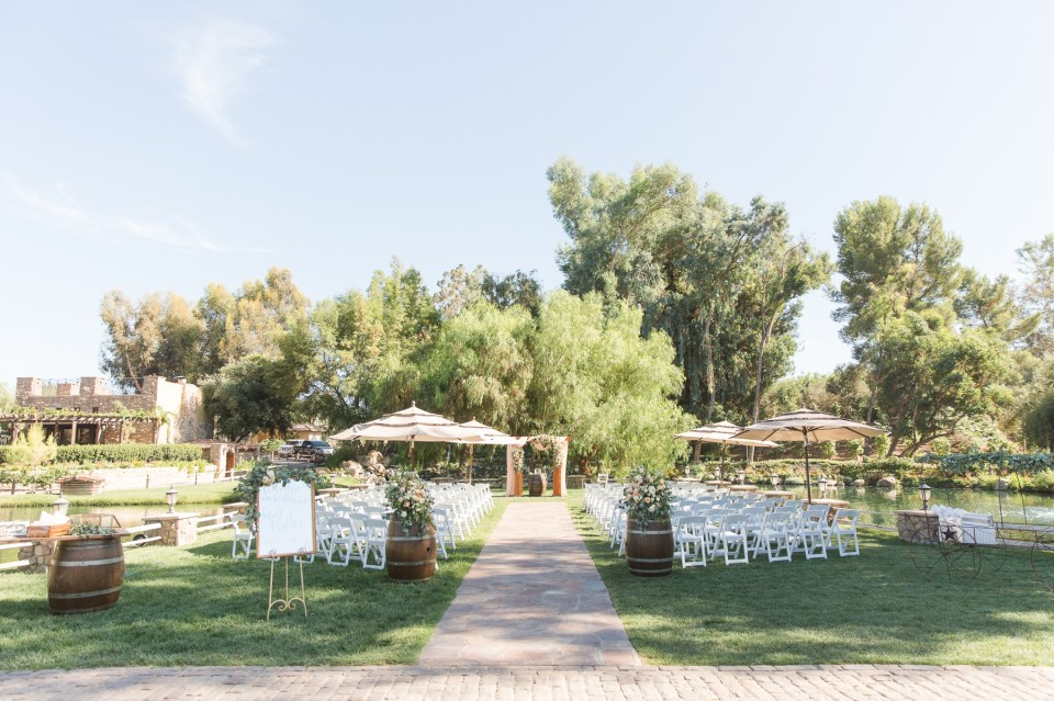 Southern California Summer wedding photography at Temecula Lake Oak Meadows by Theresa Bridget Photography