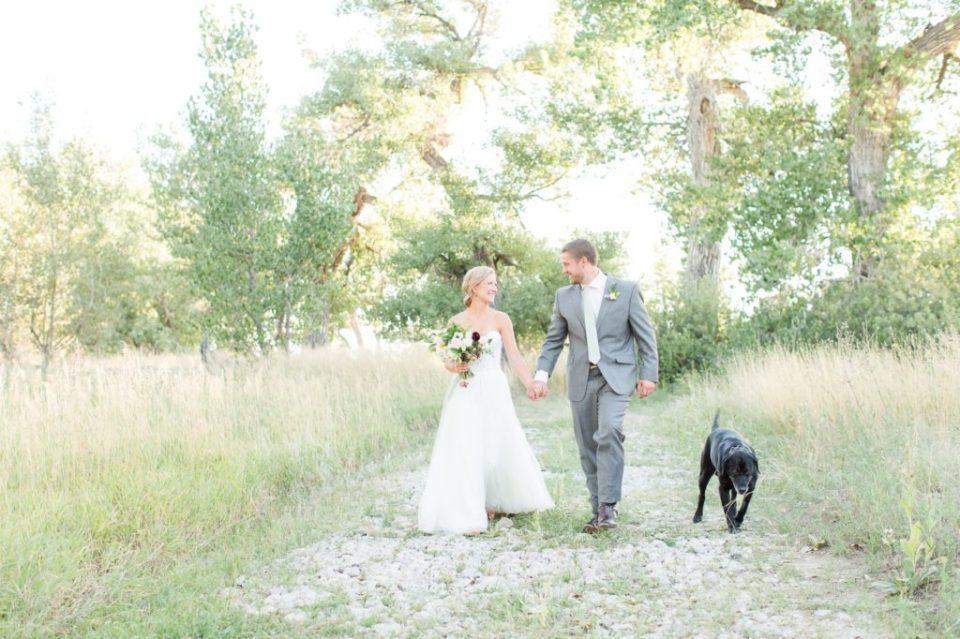 Kiowa Creek Colorado wedding venue . Colorado Wedding Photographer Theresa Bridget Photography.