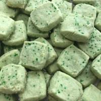 Vegan & Gluten-free Leprechaun shortbread cookie bites - mini cookies perfect for St. Patty's Day