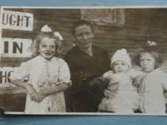 grandma with julia and her sisters