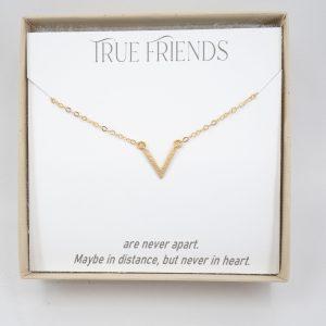 minimalist-v-gold-necklace